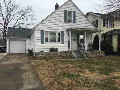 Ashland Single Family Home For Sale: 3243 Ridgeway Drive