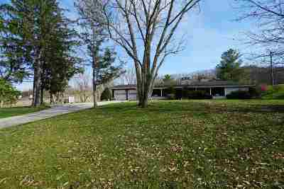 Catlettsburg Single Family Home Pending-Continue To Show: 2726 Davis Branch