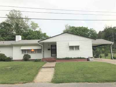 Carter County Single Family Home For Sale: 710 Holcomb Street