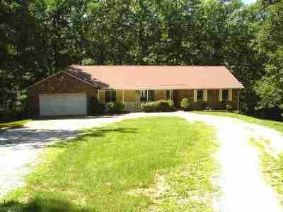 Ashland Single Family Home For Sale: 2615 McKnipp Drive