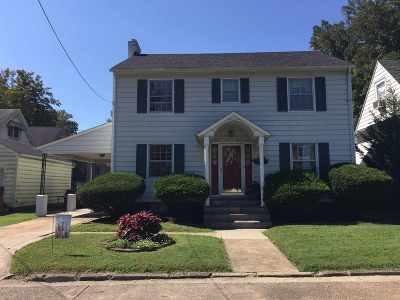 Ashland Single Family Home For Sale: 1518 Chestnut Drive