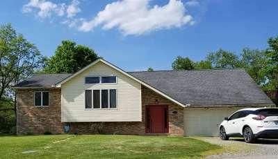 Ashland Single Family Home For Sale: 337 W Oak Terrace Drive