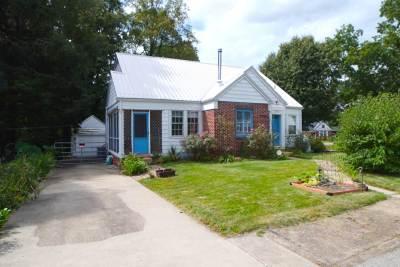 Ashland Single Family Home Active-New: 1000 Shawnee Avenue