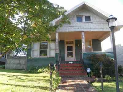 Ashland Single Family Home For Sale: 2912 Newman Street