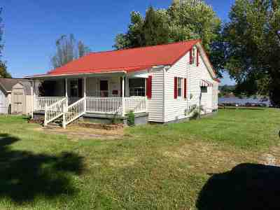 Greenup County Single Family Home For Sale: 213 Elizabeth Street