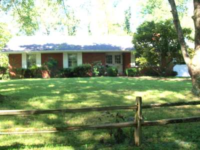 Ashland Single Family Home For Sale: 652 Amanda Furnace Drive