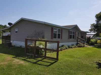 Greenup County Single Family Home For Sale: 506 Wurtland