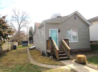 Ashland Single Family Home Pending-Continue To Show: 608 26th Street