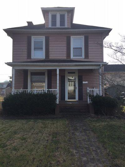 Ashland Single Family Home For Sale: 3206 Hampton Street