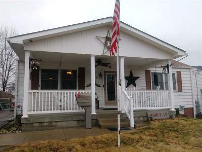 Ashland Single Family Home Active-New: 1415 Grandview Drive
