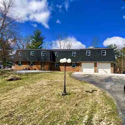 Ashland Single Family Home Active-Back On Market: 1405 Fairway Drive