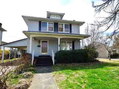 Ashland Single Family Home For Sale: 3200 Crest Street