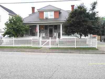 Ashland Single Family Home For Sale: 706 15th Street