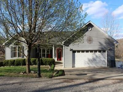 Ashland Single Family Home For Sale: 583 W Pamela Drive
