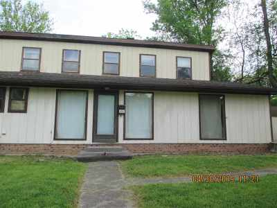 Carter County Single Family Home For Sale: 606 Holcomb Street
