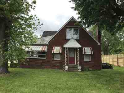 Carter County Single Family Home For Sale: 1118 N State Highway 7