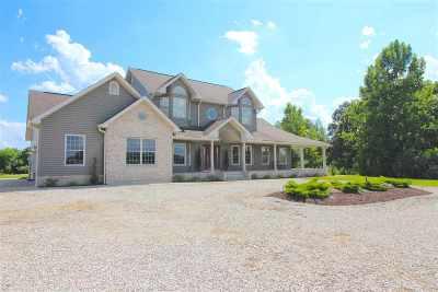 Ashland Single Family Home For Sale: 2437 Angela Drive