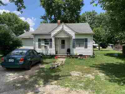 Grayson KY Single Family Home For Sale: $37,000