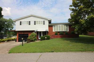 Ashland Single Family Home For Sale: 3384 Ladoka Street