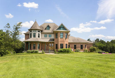 Single Family Home For Sale: 1505 Lesprit Pkwy