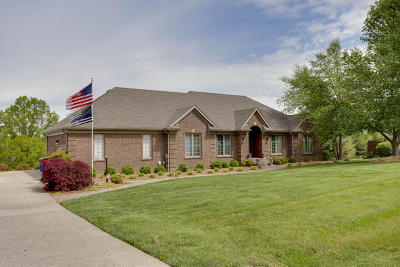 Crestwood Single Family Home For Sale: 7205 Spring Hill Trace