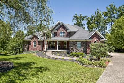 Crestwood Single Family Home For Sale: 6100 Gilliam Ct
