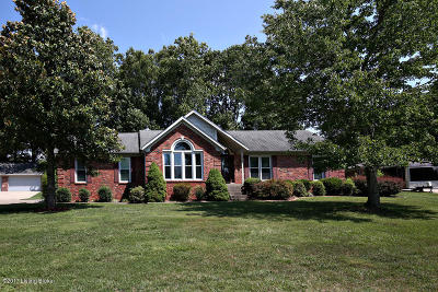 Shepherdsville Single Family Home For Sale: 239 Shady Pond Ln