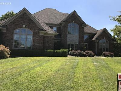 Louisville Single Family Home For Sale: 1603 Polo Club Ct