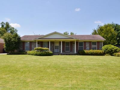 Jeffersontown KY Single Family Home For Sale: $249,900