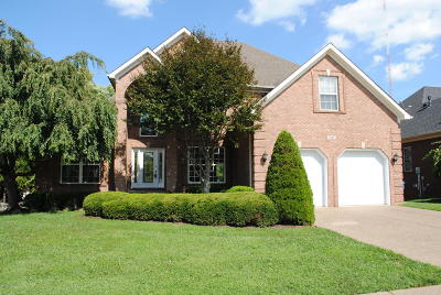 Louisville Single Family Home For Sale: 3107 Shady Springs Dr