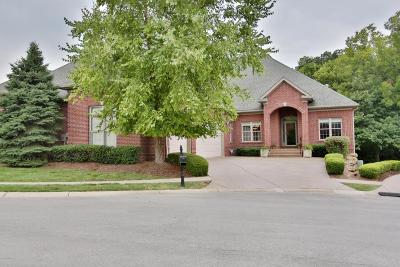 Louisville Condo/Townhouse For Sale: 14605 Valencia Dr