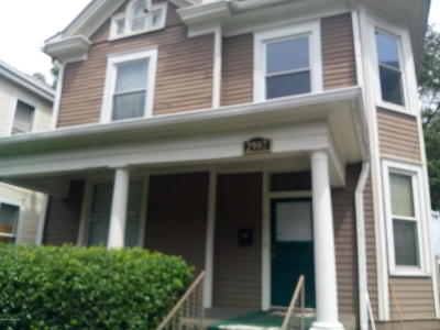 Louisville Single Family Home For Sale: 2907 Virginia Ave