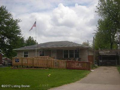 Louisville Single Family Home For Sale: 10807 Emma Jean Way