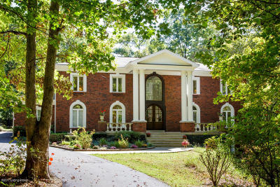 Louisville Single Family Home For Sale: 611 Flat Rock Rd
