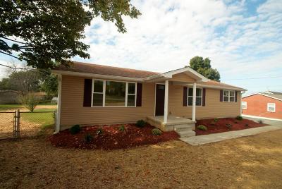 Bullitt County Single Family Home For Sale: 955 Flatlick Rd