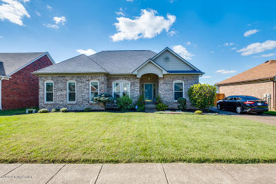 Louisville Single Family Home For Sale: 10106 Twilight Dr
