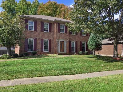 Louisville Single Family Home For Sale: 806 Farmingham Rd