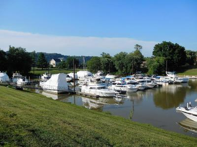 Oldham County Rental For Rent: Tartans Landing Marina