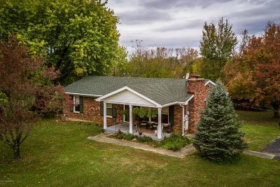 Louisville Single Family Home For Sale: 7607 E Manslick Rd