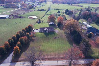 Bullitt County Single Family Home For Sale: 4232 Zoneton Rd