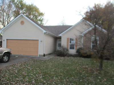 Louisville Single Family Home For Sale: 10512 Charleswood Rd