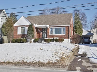 Louisville Single Family Home For Sale: 1815 Newburg Rd