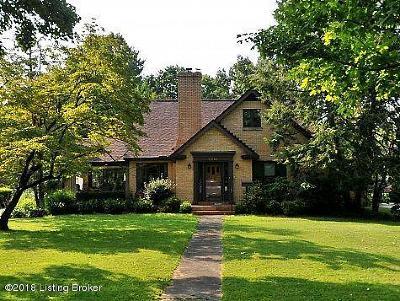 Louisville Single Family Home For Sale: 2212 Bashford Manor Ln