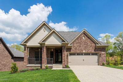 Louisville Single Family Home For Sale: 2409 Irish Bend Ct