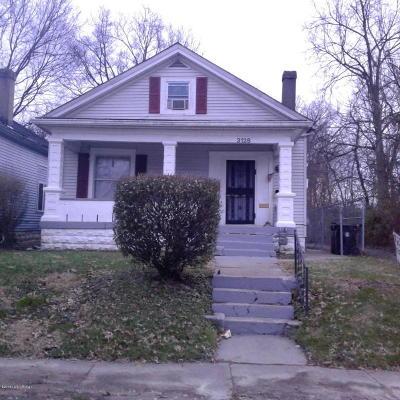 Louisville Single Family Home For Sale: 3128 W Kentucky St