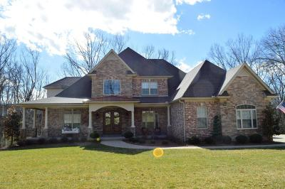 Crestwood Single Family Home For Sale: 6121 Winkler Rd
