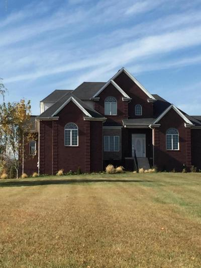 Oldham County Single Family Home For Sale: 4850 Tobacco Rd