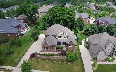 Louisville Single Family Home For Sale: 7403 Creekton Dr