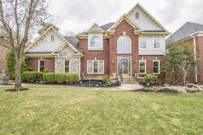 Louisville Single Family Home For Sale: 14800 Forest Oaks Dr