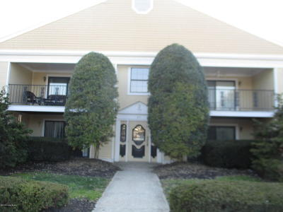 Louisville KY Condo/Townhouse For Sale: $105,000